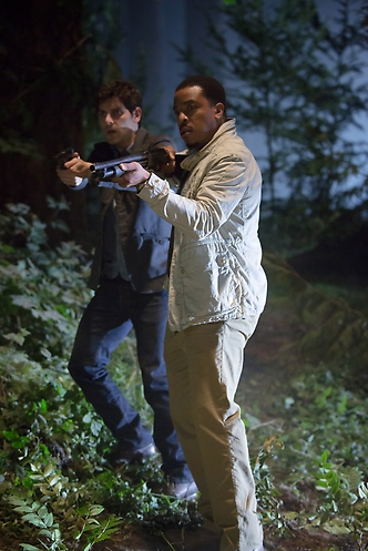 Grimm - Russell Hornsby, David Giuntoli S2E6