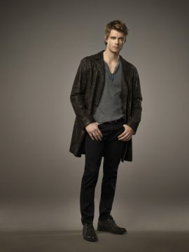 The Tomorrow People -- -- Pictured: Luke Mitchell as John -- Photo: Mathieu Young/The CW ©2013 The CW Network, LLC. All Rights Reserved