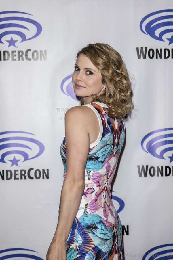 iZombie_Rose_WonderCon2015