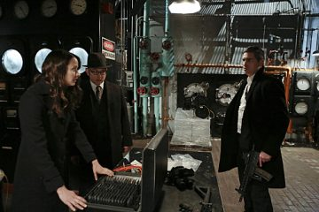 """""""YHWH"""" -- Finch (Michael Emerson, center) and Root (Amy Acker, left) race to save The Machine, which has been located by the rival AI, Samaritan, while Reese (Jim Caviezel, right) is caught in the middle of the final showdown between rival crime bosses Elias and Dominic, on the fourth season finale of PERSON OF INTEREST, Tuesday, May 5 (10:01-11:00 PM, ET/PT) on the CBS Television Network.  Photo: Giovanni Rufino/Warner Bros. Entertainment Inc. © 2015 WBEI. All rights reserved."""