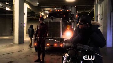 the-flash-222-one-minute-promo-r
