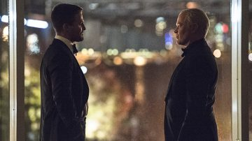 """Arrow -- """"Brotherhood"""" -- Image AR407B_275b.jpg -- Pictured (L-R): Stephen Amell as Oliver Queen and Neal McDonough as Damien Darhk -- Photo: Cate Cameron/The CW -- © 2015 The CW Network, LLC. All Rights Reserved."""