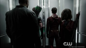 the-flash-2x08-promo-legends-of-today-hd-crossover-event-mp4_20151118_035138-302
