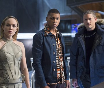"DC's Legends of Tomorrow -- ""Pilot, Part 2"" -- Image LGN102_20150930_0230b.jpg -- Pictured (L-R): Caity Lotz as Sara Lance/White Canary, Franz Drameh as Jefferson ""Jax"" Jackson and Wentworth Miller as Leonard Snart/Captain Cold -- Photo: Diyah Perah/The CW -- © 2015 The CW Network, LLC. All Rights Reserved."