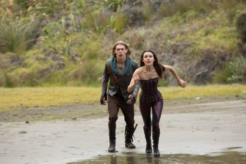 Wil (Austin Butler) and Amberle (Poppy Drayton) Faceoff With A Demon