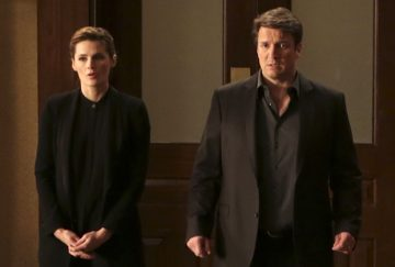 """CASTLE - """"Witness for the Prosecution"""" - Castle finally gets his day in court when he takes the stand as the key witness to a murder from five months ago. But when new information suddenly arises, he and Beckett must race against the clock to prevent a miscarriage of justice, on """"Castle,"""" SUNDAY, FEBRUARY 14 (10:00-11:00 p.m. EST) on the ABC Television Network. (ABC/Scott Everett White) CLARE GRANT, KRISTOFFER POLAHA, STANA KATIC, NATHAN FILLION, CHRISTOPHER B. DUNCAN, JONATHAN BRAY"""