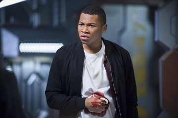 """DC's Legends of Tomorrow -- """"White Knights"""" -- Image LGN104A_0030b.jpg -- Pictured: Franz Drameh as Jefferson """"Jax"""" Jackson -- Photo: Diyah Pera/The CW -- © 2016 The CW Network, LLC. All Rights Reserved."""