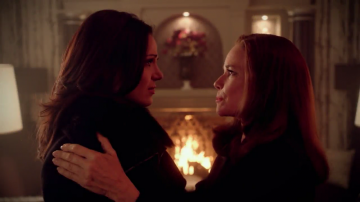 Once_Upon_a_Time_-_5x12_-_Souls_of_the_Departed_-_Regina_&_Cora